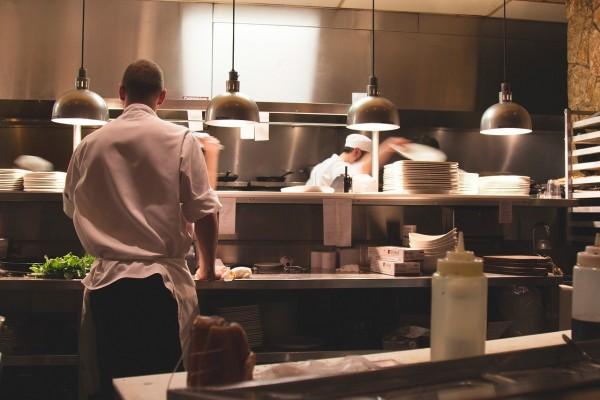 restaurant-2623071_1280