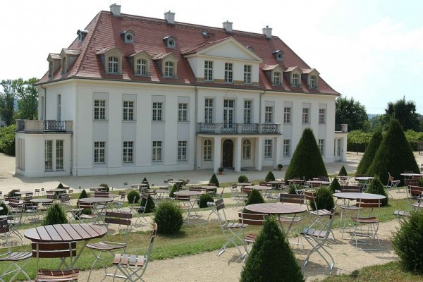 Schloss-Wackerbarth_web_1200x800-1024x682