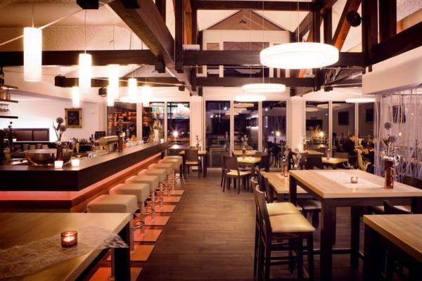 KASON-Carlos-Cocktail-Sunsetbar-Neumarkt-1-w-1024x682